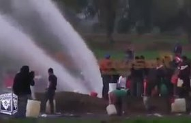 Momento exacto de la explosión de ducto de #Pemex en Hidalgo por robo