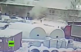#Video shows explosion at chemical plant near St. Petersburg