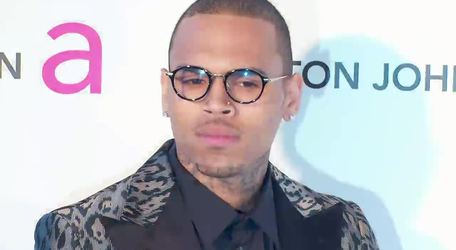 #Rihanna Reacts To Chris Brown Arrest In Paris