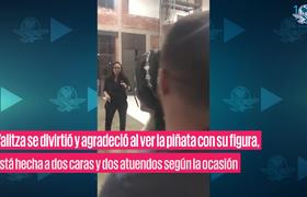 Reacción de Yalitza Aparicio tras recibir piñata de ella misma y como Cleo