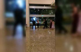 #VIRAL: Tremenda bronca por centro de mesa en Boda