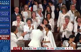Democratic women give Trump standing ovation #StateoftheUnion2019