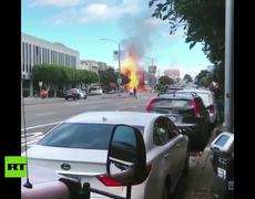 Huge flames and columns of smoke after the breaking of a gas line in San Francisco