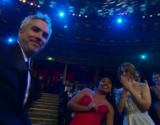 Alfonso Cuarón wins Best Diredctor