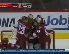 News Phoenix Coyotes goaltender Mike Smith scores a goal