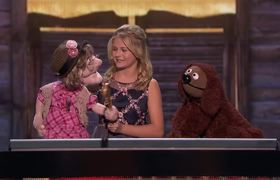 America's Got Talent: The Champions - Darci Lynne, Edna, And Rowlf The Dog Serenade Simon Cowell