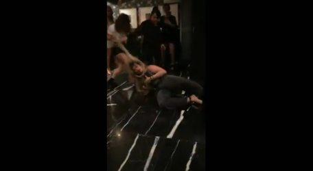 #VIRAL: Mujeres golpean salvajemente a Paola Villalobos