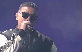 Daddy Yankee - Con Calma en Vivo (Premios lo Nuestro 2019)