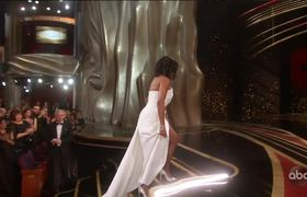 Regina King Accepts the Oscar for Supporting Actress