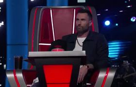 Blake Shelton Blocks John Legend from Coaching Gyth Rigdon - The Voice Blind Auditions 2019