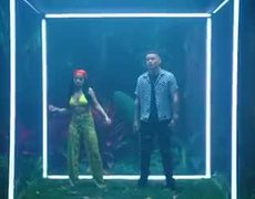 Lost in the Middle of Nowhere (Kane Brown feat. Becky G) (Spanish Remix) (Official Music Video)