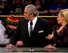 #VIRAL: Crazy 'Fan' ATTACKS Bret Hart During WWE Hall of Fame 2019 Speech!