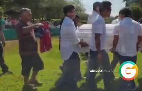 Dan sepultura a víctimas en #Minatitlán; Familiares exigen justicia