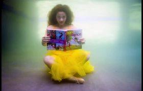 Fans Control Sofie Dossi Underwater Photo Challenge #EPIC