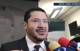 No conozco a Naasón Joaquín García dice Martí Batres