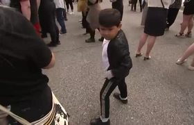 Fans gather to celebrate Michael Jackson