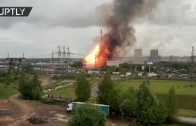 Drone footage of 50m-high flames near power plant in Moscow Region