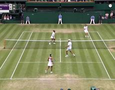 Serena Williams, Andy Murray advance in mixed doubles (2019 Wimbledon Highlights)
