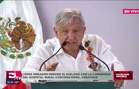 Obrador sostiene diálogo con la comunidad del Hospital Rural Coscomatepec