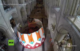 install a 15-meter slide in a cathedral in the United Kingdom