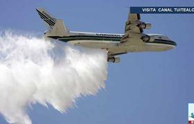Avión cisterna SuperTanker llega para combatir incendio en el Amazonas