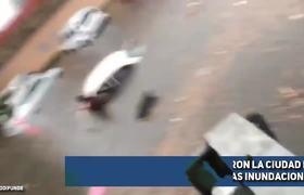 Fuertes Lluvias en Monterrey Dejan Cientos de Vehículos
