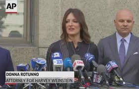 Weinstein in court for new indictment