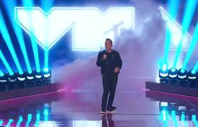 Sebastian Maniscalco da apertura a los 2019 MTV Video Music Awards
