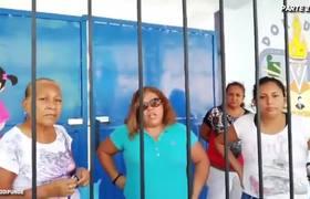 Les Niegan Entrada a Escuela Por No Pagar Las