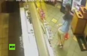 #CCTV: Founding for a man who broke into a Subway to make a sandwich