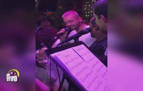 Maluma y Wilmer Valderrama arman tremenda pachanga en un restaurante de Hollywood