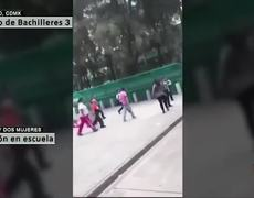 Mujeres golpean a vigilante de Bachilleres en Iztacalco