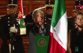 López Obrador da su primer Grito de Independencia en el Zócalo