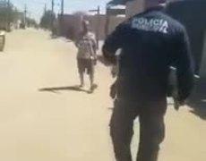 #VIRAL: muere baleado tras agredir a policía con un cuchillo