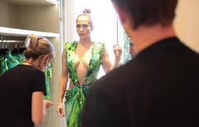 The Versace Dress: Then & Now with Jennifer Lopez| I closed the show!!!