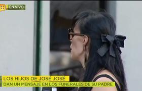 José Joel, Marysol y Sarita Sosa dan mensaje durante el funeral de su papá José José