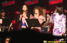 Sarah Stiles sings