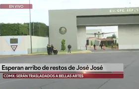 Carroza fúnebre espera la llegada de los restos de #JoséJosé
