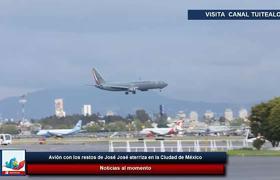 Avión con los restos de José José aterriza en la Ciudad de México