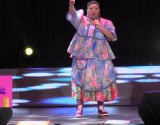 La india Yuridia: Rigoberto me enseña a Manejar -, Conferencista Humorística.
