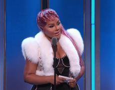 Hip Hop Awards 2019_ Lil Kim Thanks Family & Biggie As She Accepts 'I Am Hip Hop' Award! |