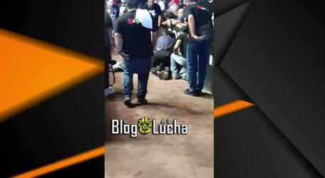 Así fue el accidente de La Parka AAA y su traslado a la ambulancia (Faby Apache devastada)