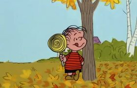 It's the Great Pumpkin, Charlie Brown - Clip