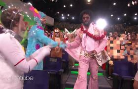The Ellen Show: Jason Momoa Makes a Rockin' Entrance as Elvis