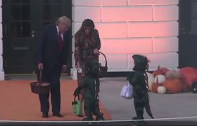 Halloween 2019: Donald Trump welcomes trick-or-treaters in Halloween costumes to the White House