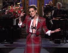 Kristen Stewart Responde a Preguntas de la Audiencia para su Monologo #SNL