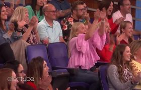 The Ellen Show:Can This Teenager Use a Rotary Phone?