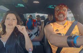 Los DERBEZ & Escorpión al volante en Los Angeles (Alessandra, Aislinn, Eugenio, Vadhir y José Eduardo)