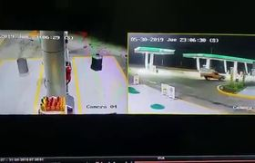 #VIDEO: Atropellan a despachador de gasolina para no pagar en Toluca