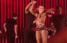 Hannah Brown's Salsa - Dancing with the Stars 2019